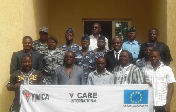 Comprendre les rôles des uns et des autres en vue  d'une meilleure protection des droits des jeunes en conflit avec la loi: YMCA organise une table ronde pour les acteurs de la chaine pénale à Atakpamé