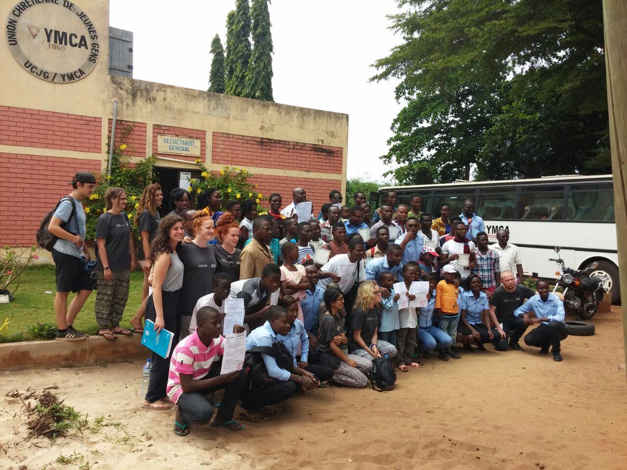 Le YMCA a offert des certificats de naissance et de nationalité aux enfants et jeunes de Lomé