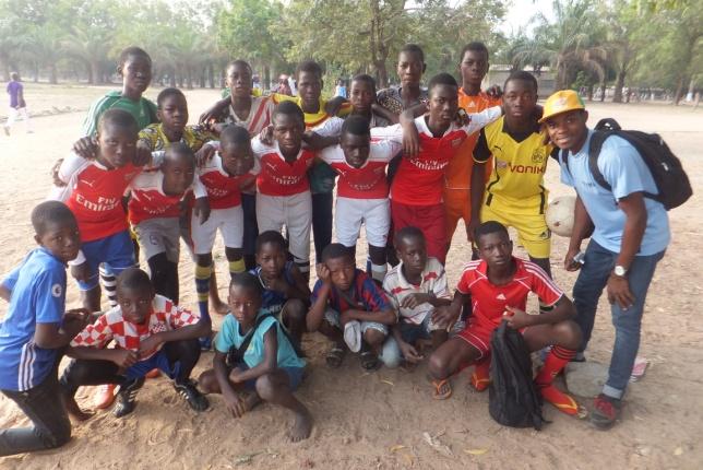 L'équipe junior du YMCA de Sokodé a participé à la coupe  du terrain propre