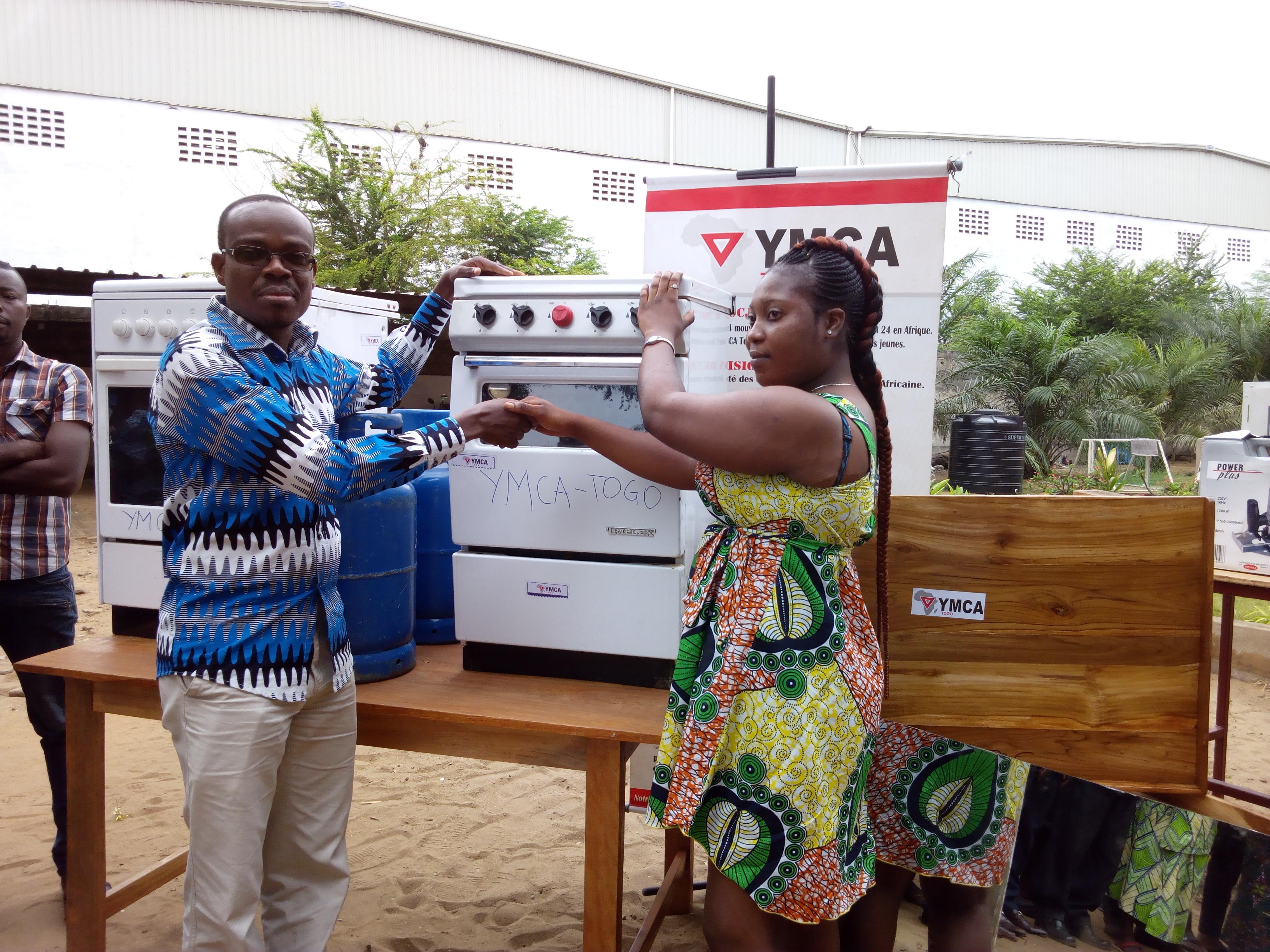 Appui aux jeunes vulnérables:L'UCJG offre de matériels de travail à 31 jeunes en fin de formation
