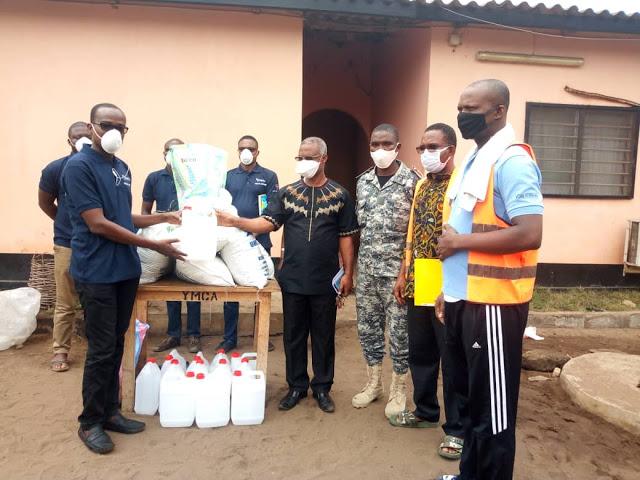 Lutte contre le Coronavirus:YMCA-Togo se soucie des détenus à la prison civile de Lomé